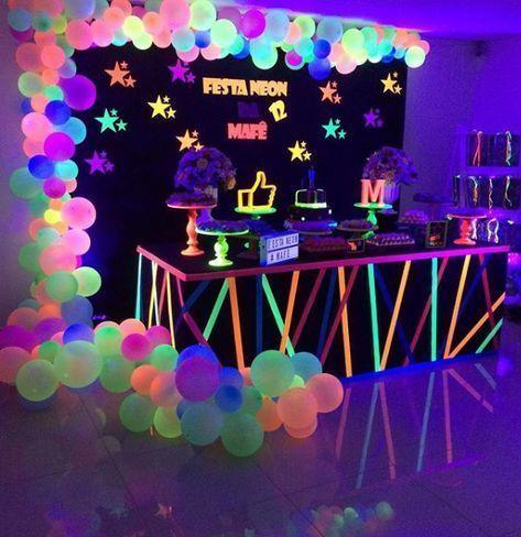 101 fiestas: Fiesta de 15 años tema Neón party #fiestade15años