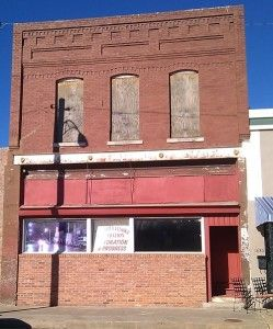 Best Business Ideas For Smalltown 2019 What businesses would work in a small town? Filling empty