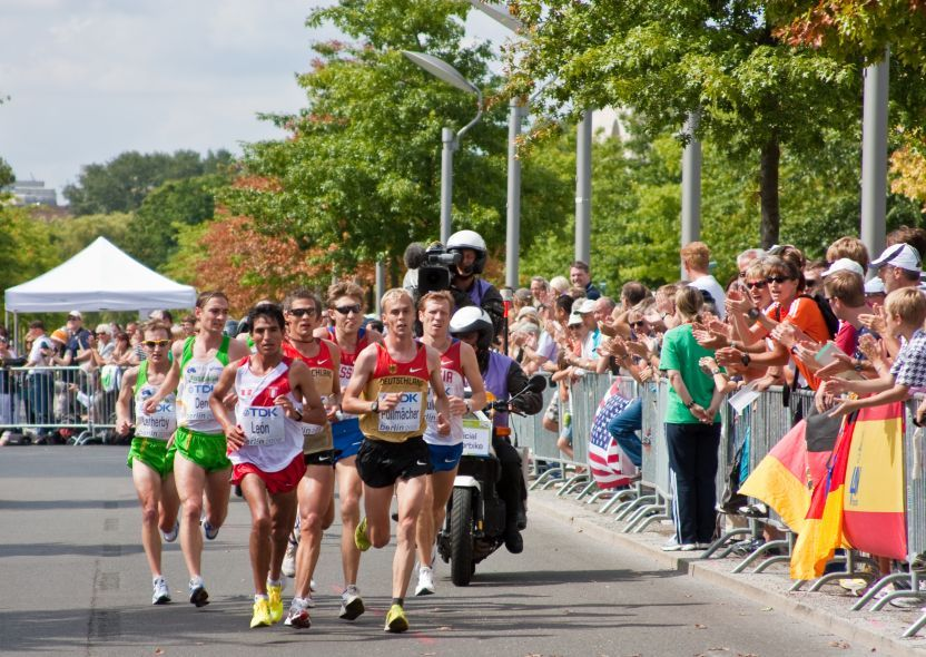 Berlin Marathon. Runners will have a tour of the city's top sights, including the former Berlin Wall, Unter den Linden, the State Opera, the Castle Bridge, and many others before crossing through the finish line after the Brandenburg Gate.