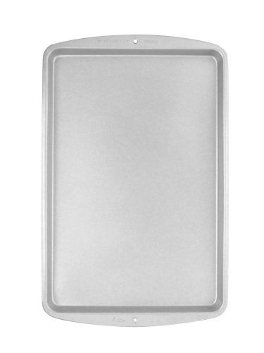 Wilton Recipe Right Jelly Roll Air Pan 17 14 X 11 12 Inches This Is An Amazon Affiliate Link Check Out This Great Produc Jelly Roll Pan Wilton Pan