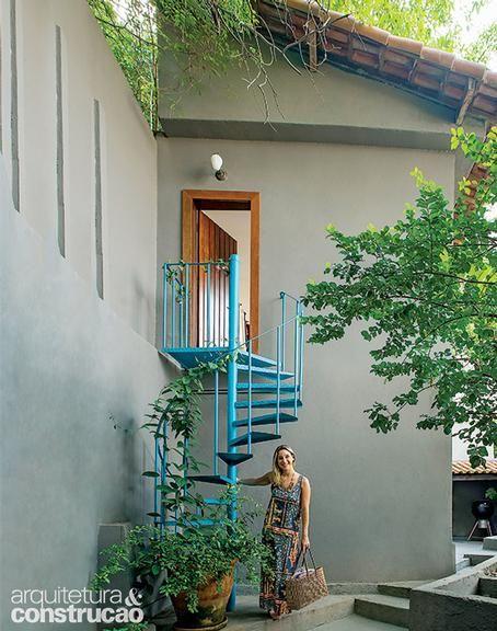 Revista Arquitetura e Construção - Ateliê de moda charmoso, bem iluminado e com espaço para receber