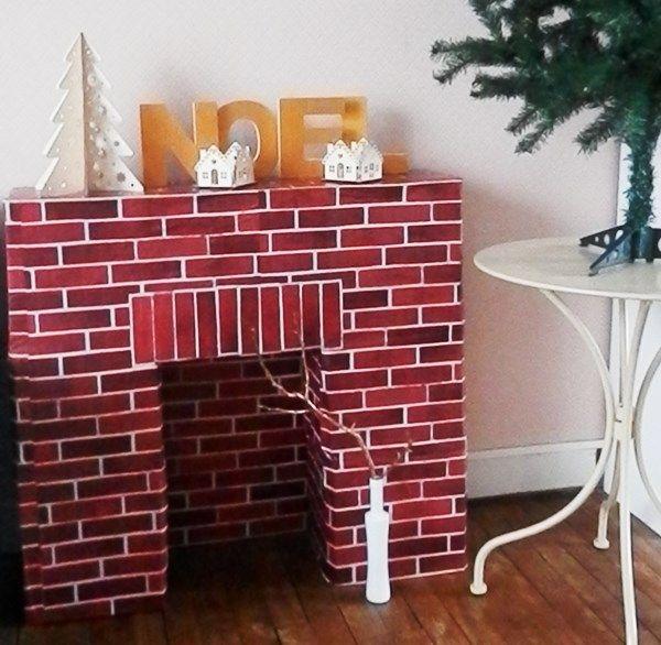 ma chemin e est en carton diy pinterest chemin e carton et deco noel. Black Bedroom Furniture Sets. Home Design Ideas