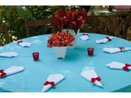 Mesa dos convidados Azul e Vermelha