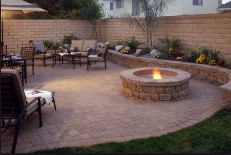 Retaining / Sitting walls with fire-pit Brick Paving ...