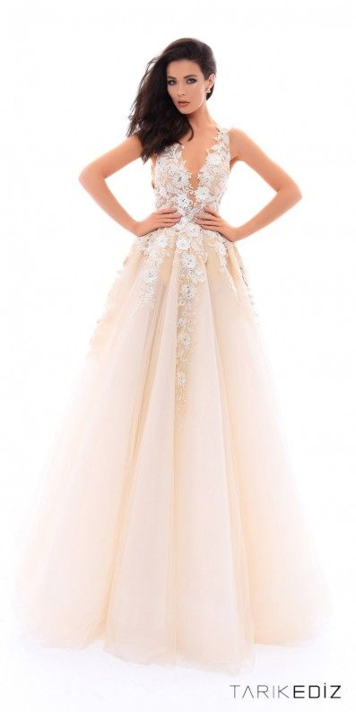 Be the belle of the ball when you step out of the limo in this ...
