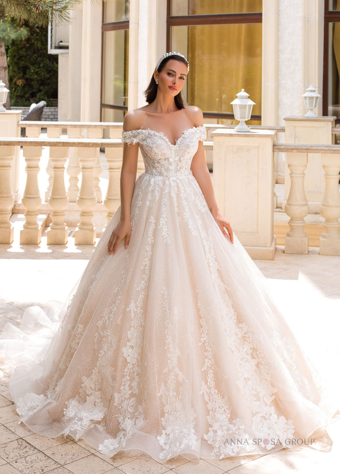 Perolla Wedding Dress Queen Inspired Collection Wedding Dresses Lace Ballgown Queen Wedding Dress Elegant Wedding Dress Ballgown [ 1858 x 1333 Pixel ]