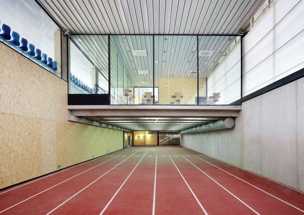 Calvi running track niu arquitectura pinterest for Servicios escolares arquitectura