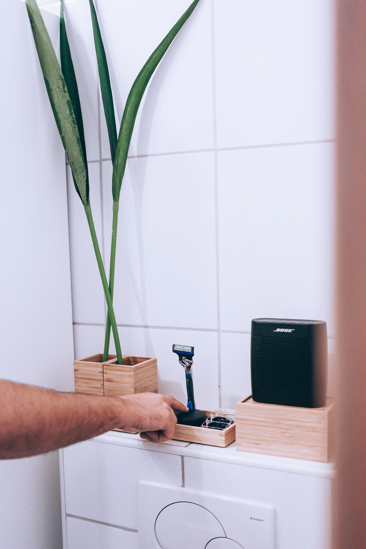 So einfach lässt sich ein kleines Badezimmer modern ...