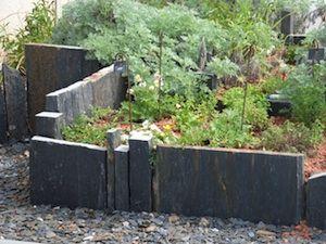 Ardoise Au Jardin Jardins Amenagement Jardin Jardin Contemporain