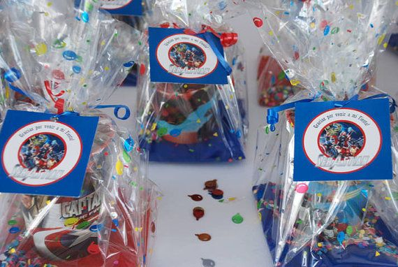 The AVENGERS COLLECTION Party circles Cupcake by ShopPartyTales