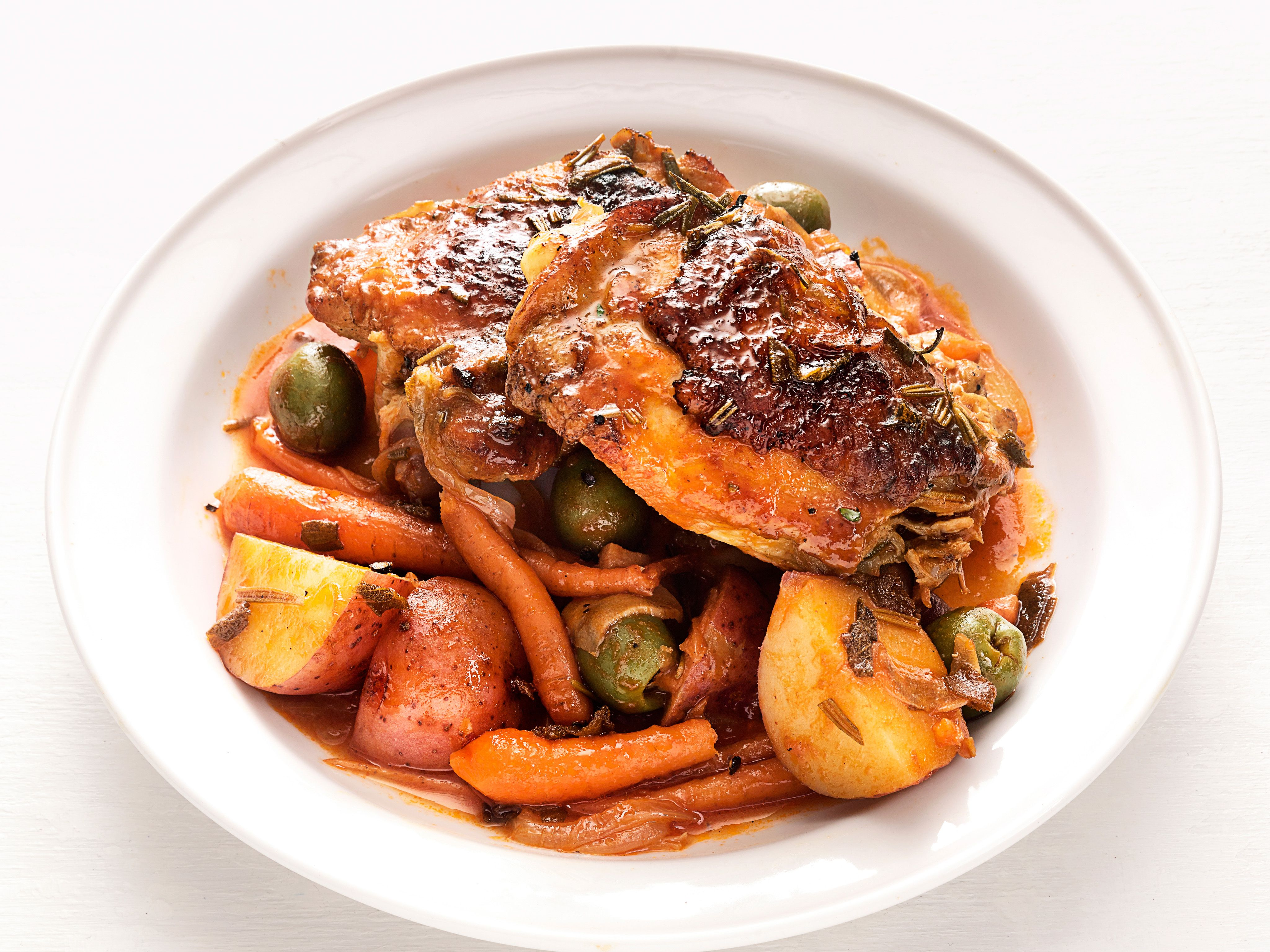 Braised chicken thighs with olives and potatoes receta forumfinder Images