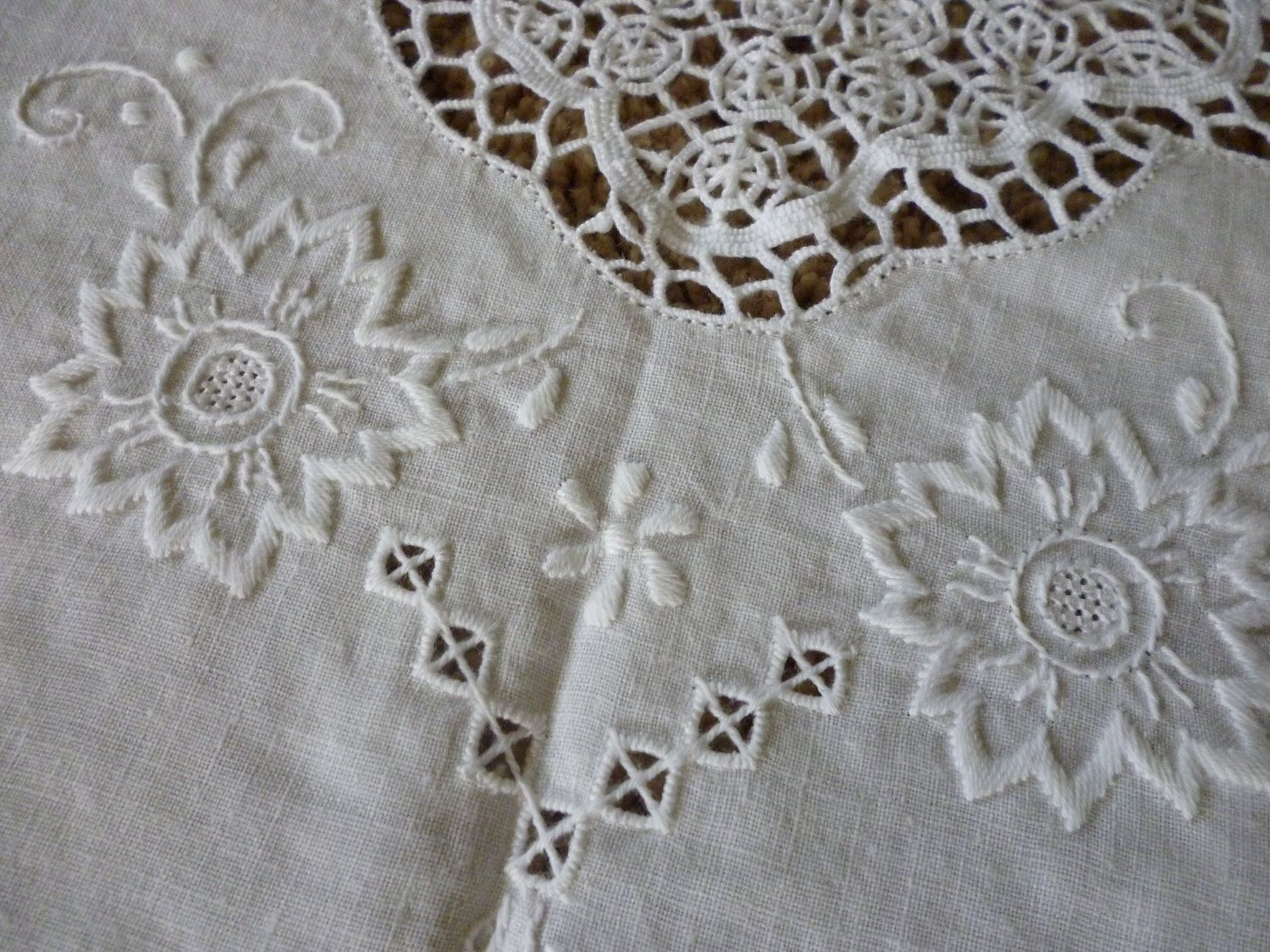 Beautiful white linen table cloth hand crocheted lace work french
