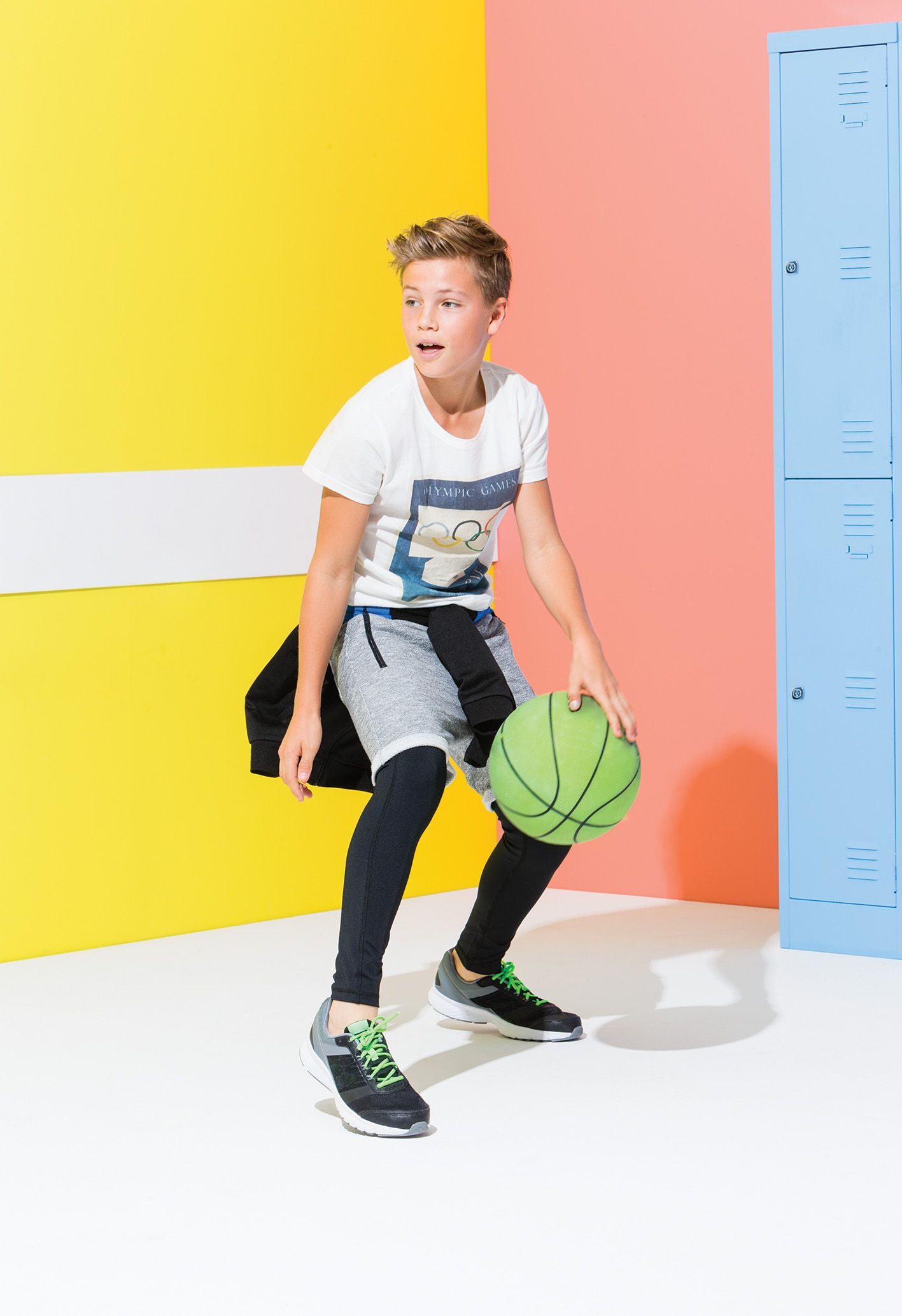 incredible sporty outfits for boys women