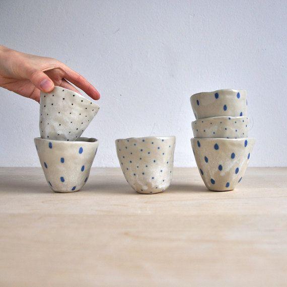 Blaue Flecken  blau und weiß Keramik Becher süße  blaue