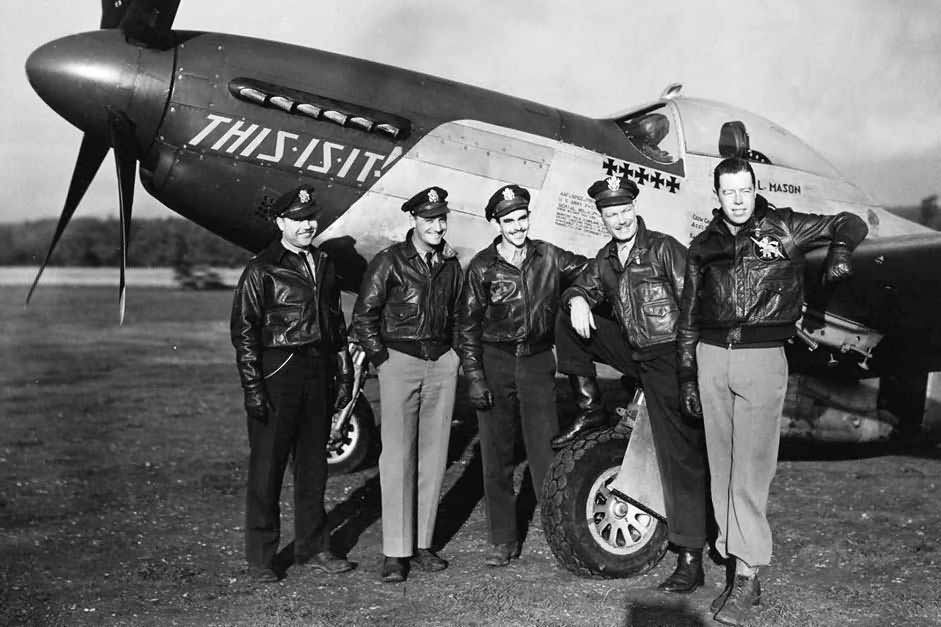 """352nd Fighter Group P-51D """"This Is It"""" 44-14911 PZ-M In England 1944"""