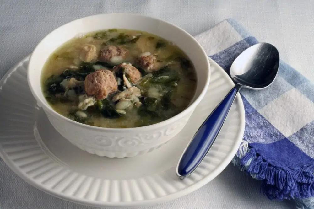 Authentic Italian Wedding Soup #italianweddingsoup Authentic Italian Wedding Soup Recipe with a Lot of Meat #italianweddingsoup