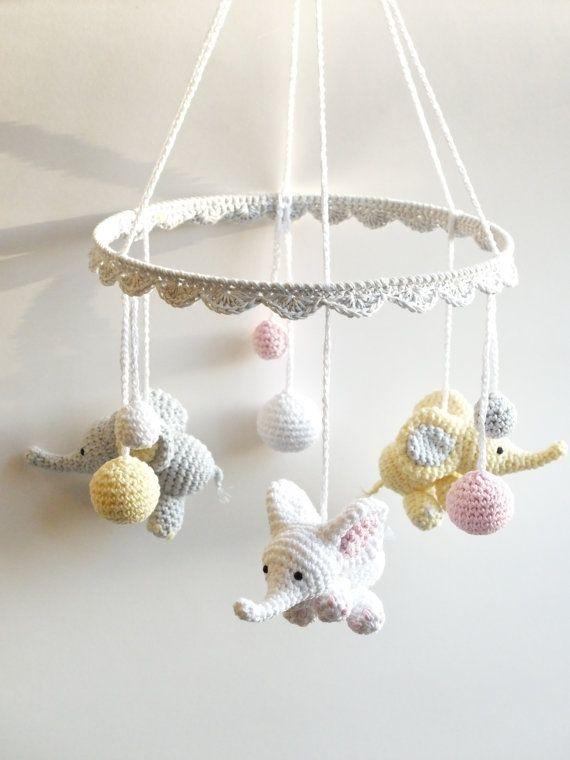 Baby Mobile, Crochet Elephant, Crochet Baby Gift, Handmade baby mobile, Elephant Crib Mobile.