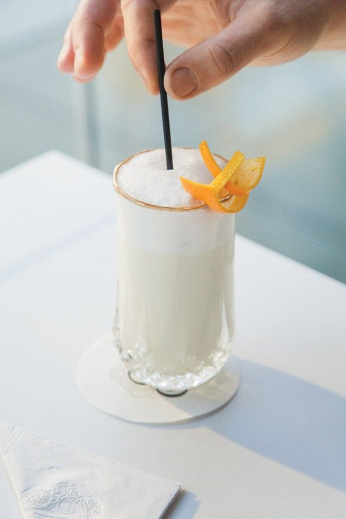 Staff Pick: our editors' favourite summer recipes. The Ramos Gin Fizz is just right for brunch or lunch on a lazy weekend. #westernliving #summercocktail #ginfizz #summereating #brunchdrinks #picnicpicks #summerrecipes