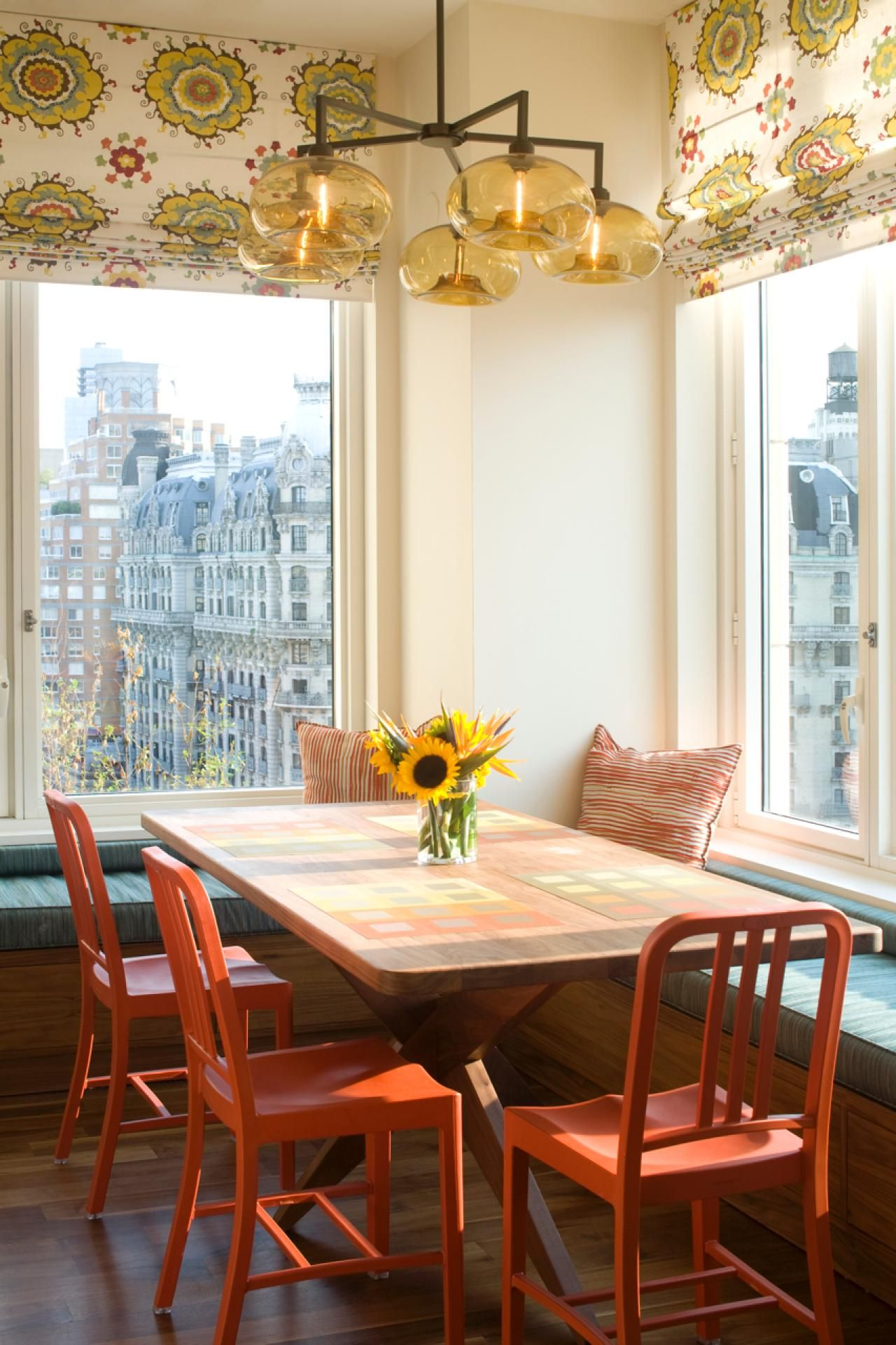 20 Stunning Kitchen Booths and Banquettes 20