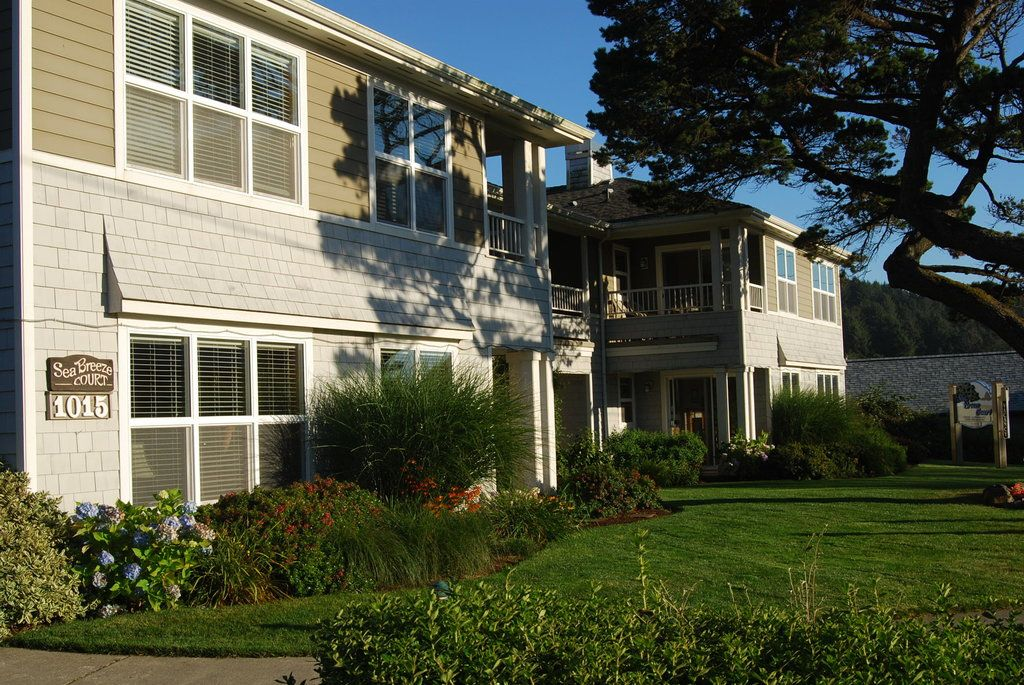 Book Sea Breeze Court Cannon Beach On Tripadvisor See 137 Traveler Reviews