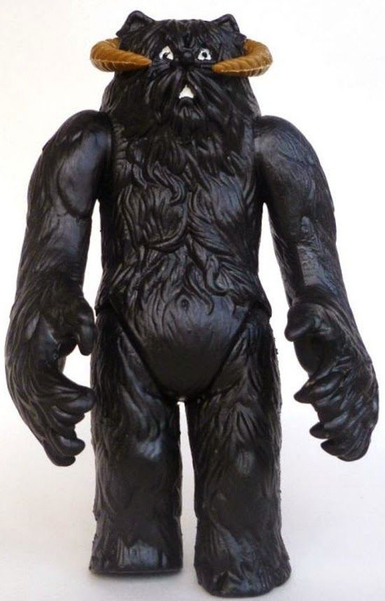 Revengeofthe5th.net: Tales of the Black Wampa! Yeah, it's a real toy!