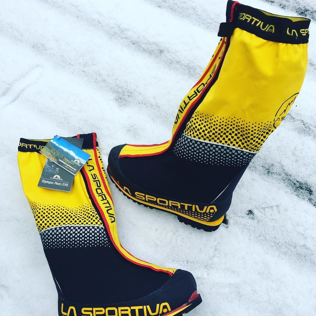 bergsports.de The @lasportivana | La Sportiva Olympus Mons EVO Expeditionsstiefel is available at our shop now!  jetzt ist in unserem Shop erhältlich!  at bergsports.de | 499 (instead of 750) #bergsports #kannlosgehen #alpinerwahnsinn #hochtour #gletscher #steineisenfest #hochalpin #nature #hiking #bergwelt #berge #mountains #travel #travelgram #alps #extreme #extremenatur #bergtour http://ift.tt/2g5496t