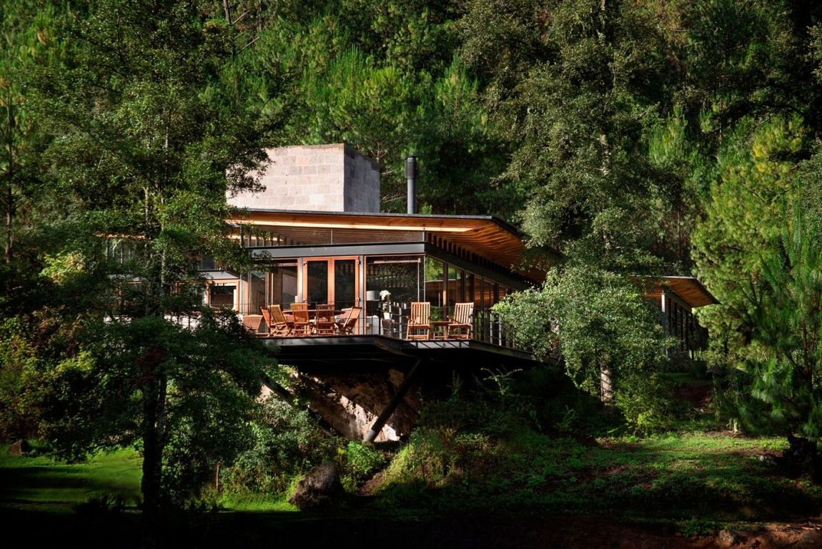"""Picturesque Home """"Lost"""" in The Forest by Alejandro Sánchez García - http://freshome.com/2013/04/12/picturesque-home-located-in-the-middle-of-the-forest/"""