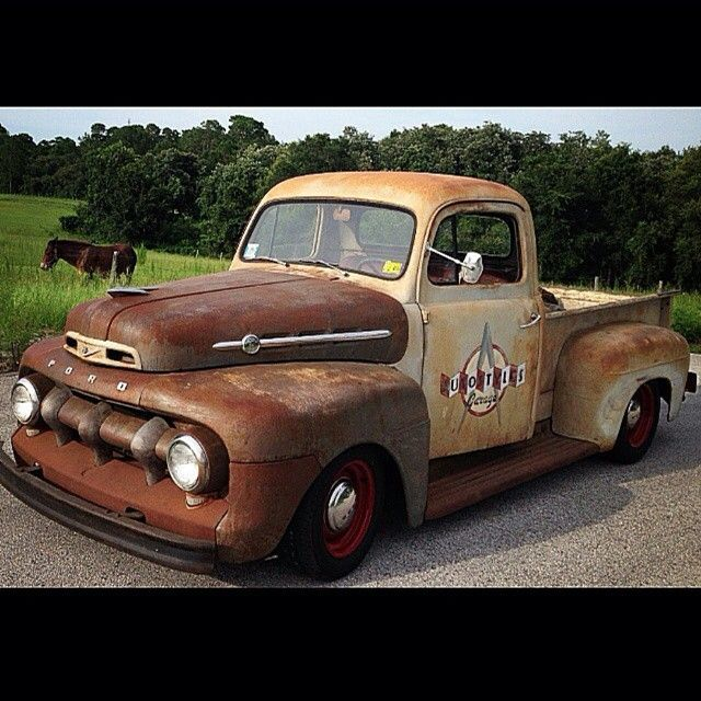 Keine Beschreibung Des Fotos Verfugbar With Images Classic Pickup Trucks Classic Ford Trucks 1952 Ford Truck