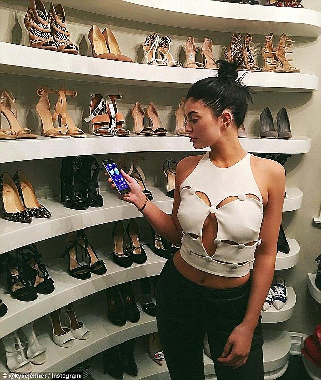 Runs In The Fam Kylie Has Given Fans A Tour Of Her Shoe Closet On