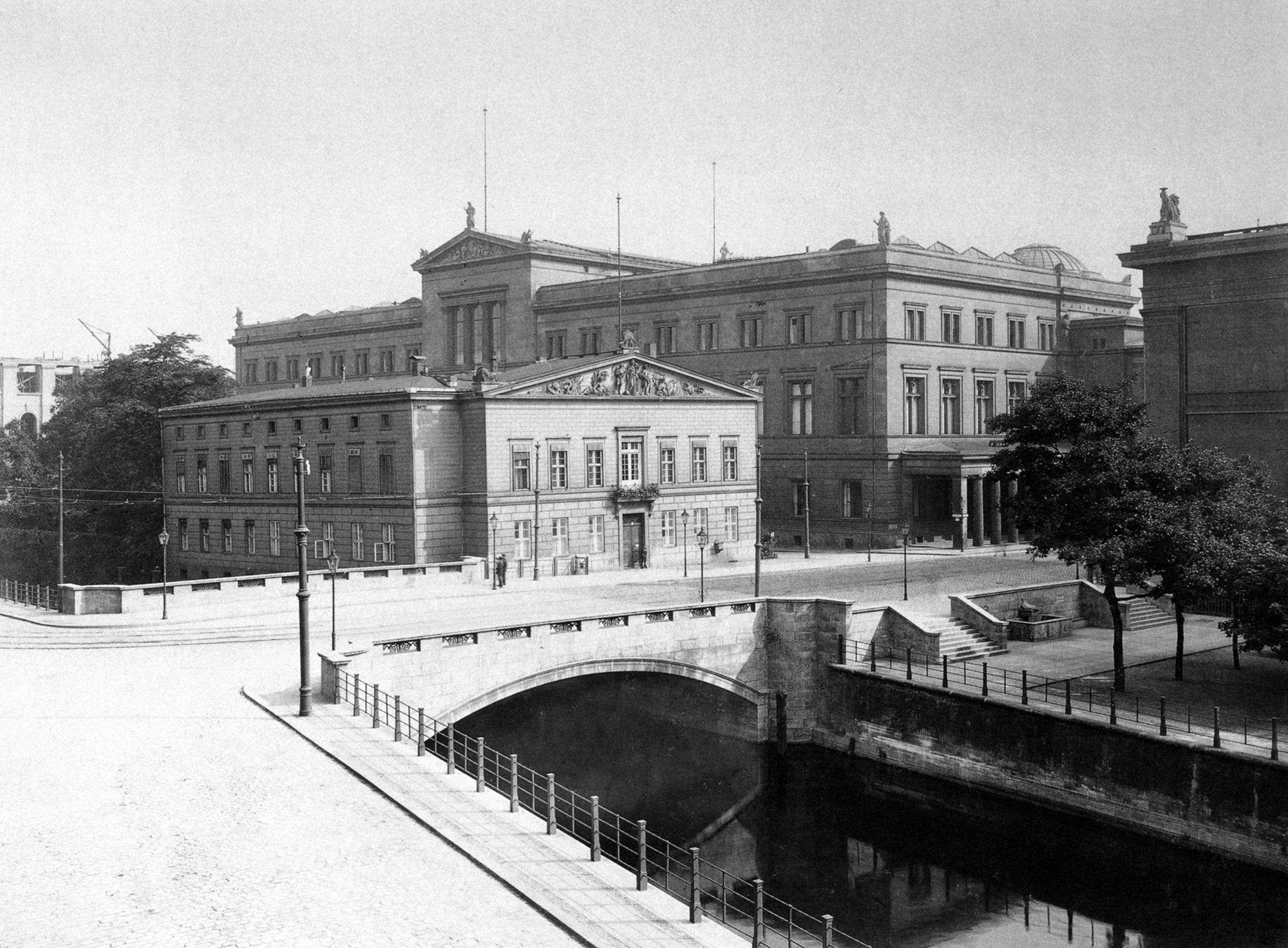 Pin On Berlin 1916