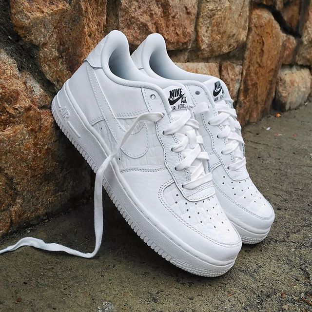 ... low price nike air force 1 gs white crocodile skin size gs wmms precio  53097 3f514 d207a763e