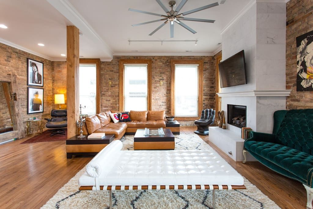 This Apartment Was Decorated Entirely On Craigslist Designed By Casey Shteamer Lofts For Rent Bachelorette Party Destinations Airbnb House