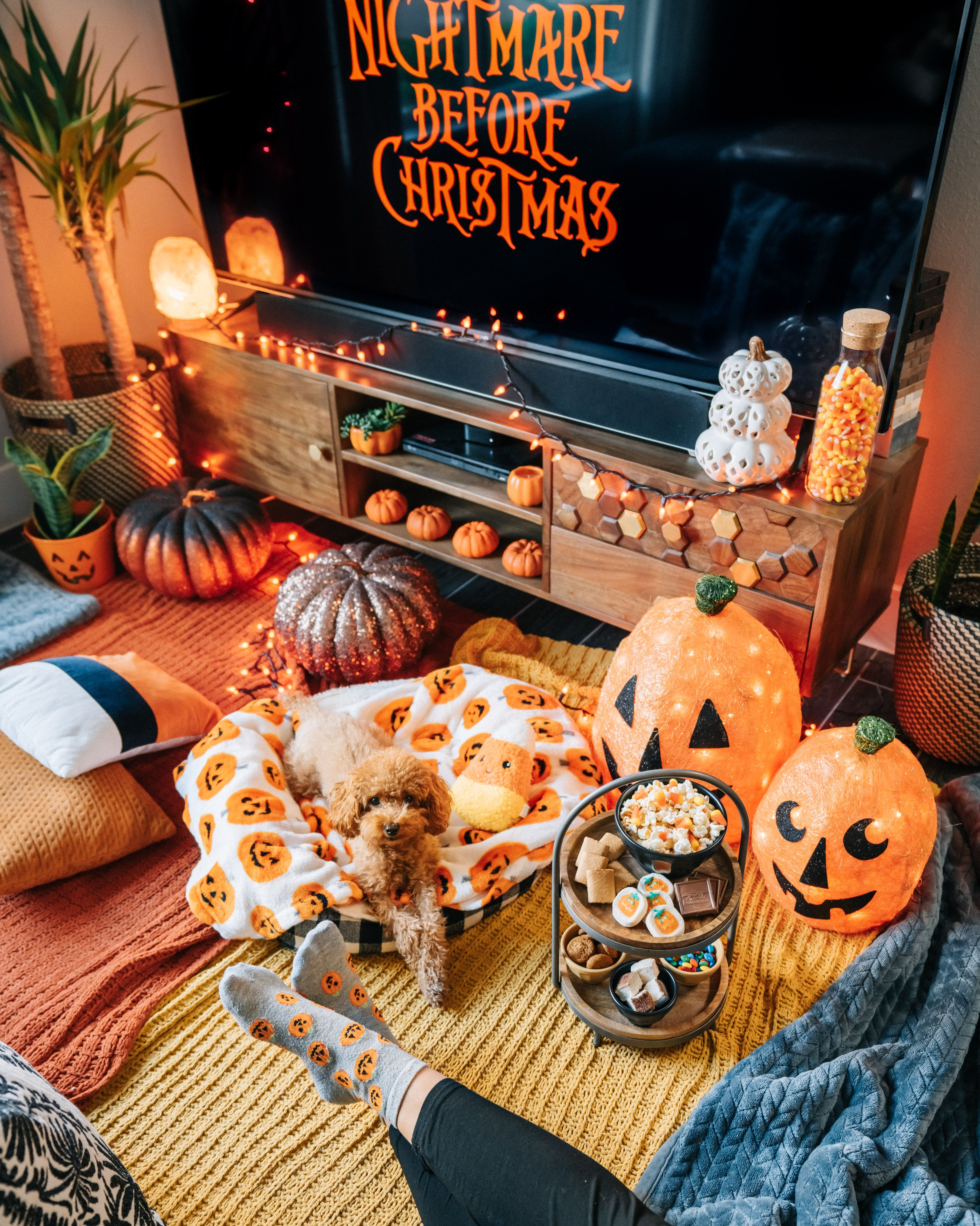 Cozy Halloween Movie Night Fall halloween decor