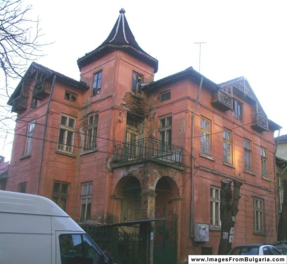 Abandoned Mansions, Mansions, Abandoned Houses