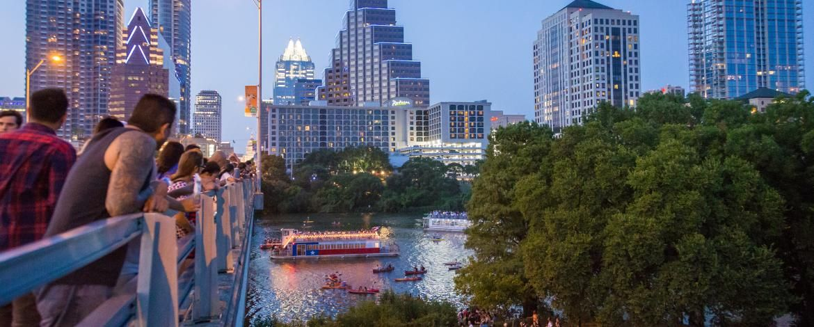 How To Spend Fourth Of July 2019 In Austin Tx Events Concerts Fireworks Weekend In Austin Visit Austin Golf Trip