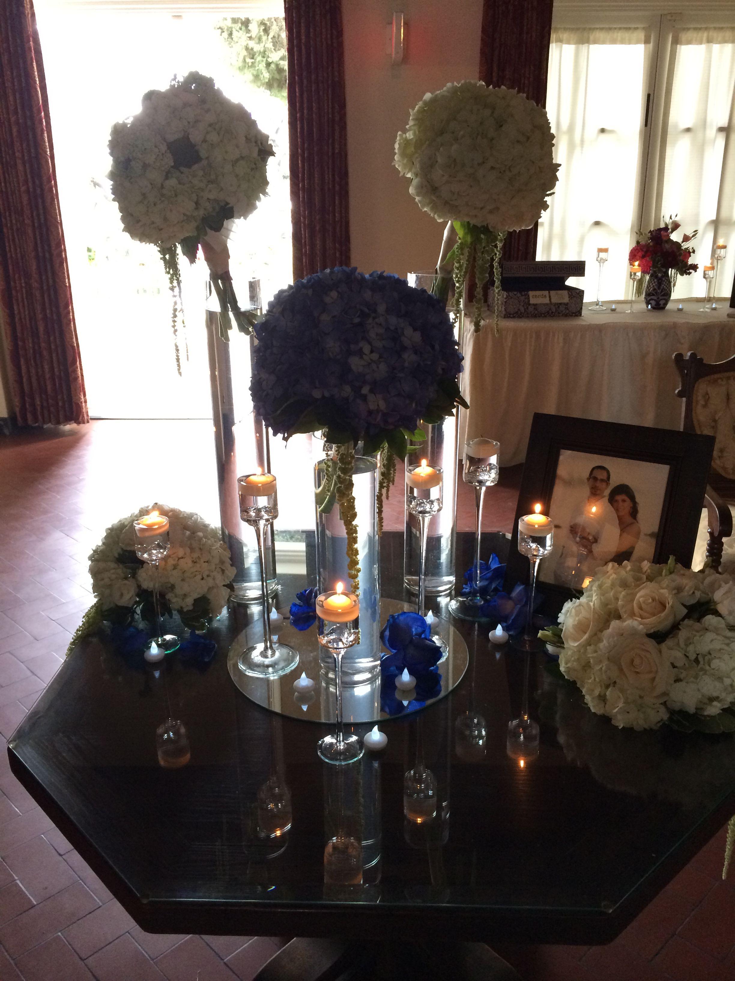 Reception table in the foyer of the #kellogghouse #wedding #weddingvenue #venue #love #marriage #reception #husbandandwife