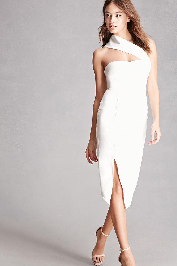 6ec6721ec8e9f A woven midi dress by Selfie Leslie™ featuring a sweetheart neckline with a  removable crossover shoulder strap, a front slit, and a concealed back  zipper.