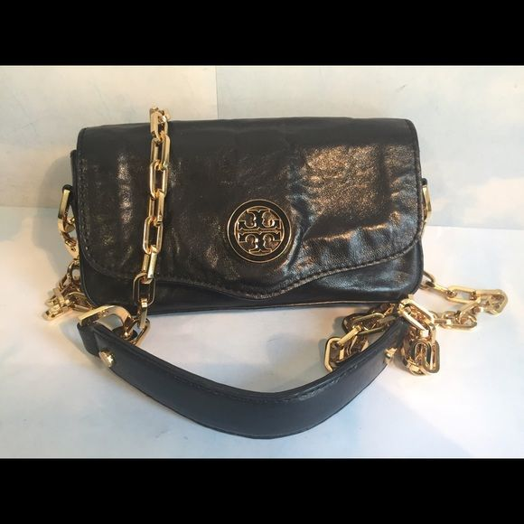 "TORY BURCH SMALL BLACK CROSS BODY BAG IN VERY GOOD CONDITION TORY BURCH SMALL BLACK SOFT LEATHER CROSS BODY BAG.GOLD HARDWARE,CLEAN LINING.7""/1""/3.5"" Tory Burch Bags Crossbody Bags"