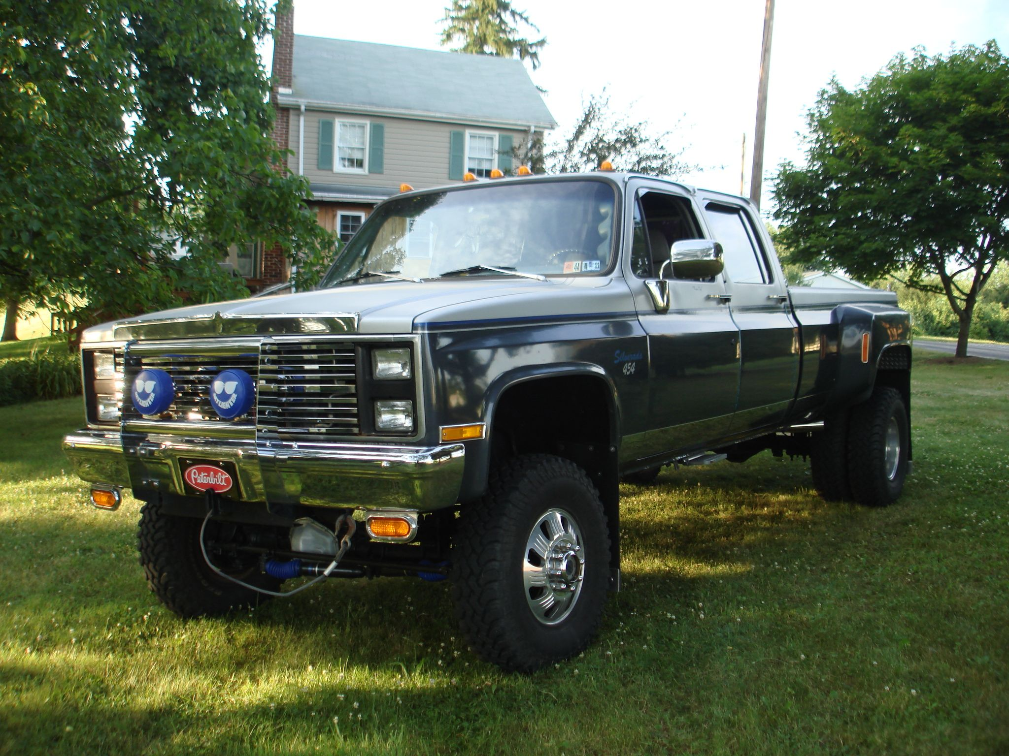 Simply Nicknamed The Cool Dual My 1982 Chevy Dually With A 468