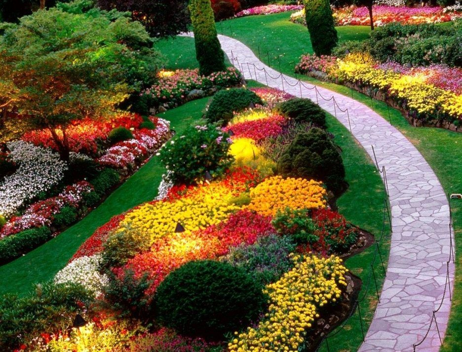 Use A Short Ground Cover In Place Of Grass In Between 400 x 300