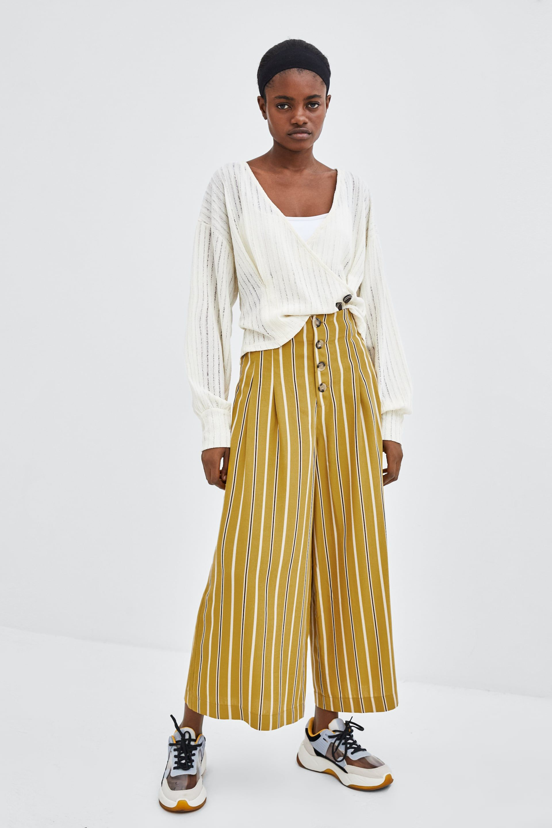 608f18c1 Image 1 of WIDE CROPPED PANTS WITH BUTTONS from Zara | print ...
