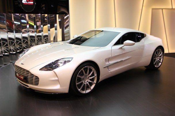 Aston Martin One 77 2 000 000 Aston Martin For Sale Aston Martin Aston Martin Vulcan