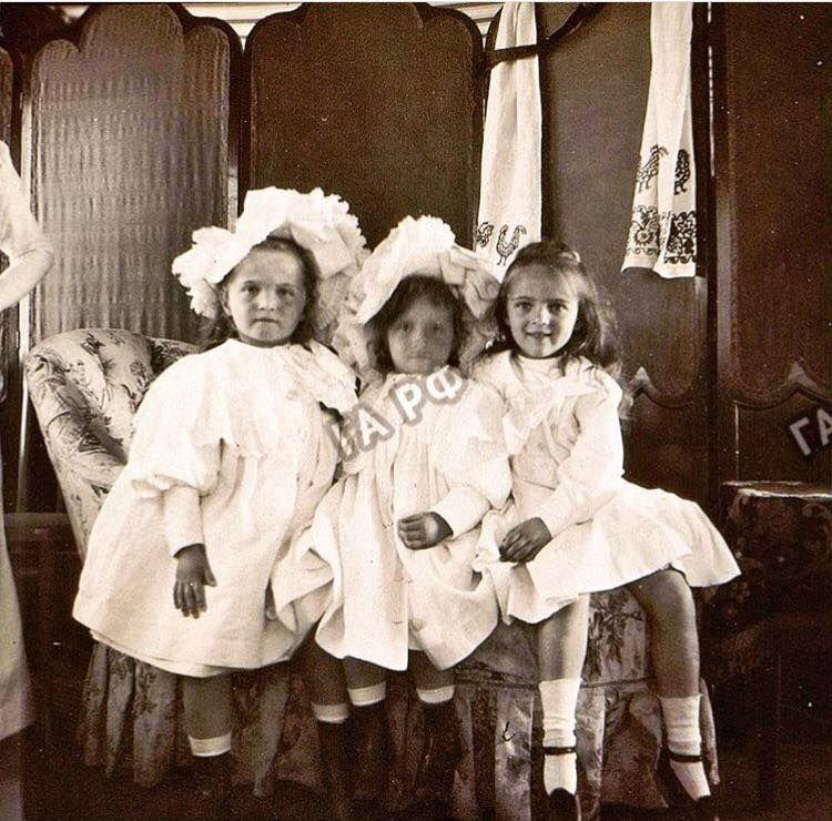 Olga and Tatiana with cousin Irina