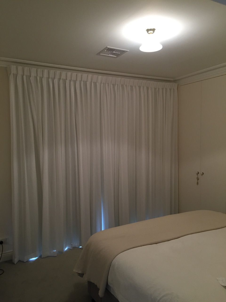 Closed Pinch Pleated Sheer Curtain With Triple Weave Separate Lining