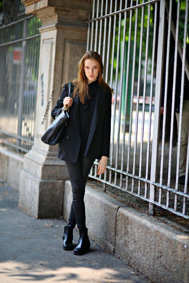 back to black. #LuizaMatyba #offduty in Milan.