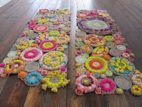 Diy Handmade Rug Tutorial I M Thinking About Making This Just It One Is Made By Free People From Rope String Pom Poms And Tels