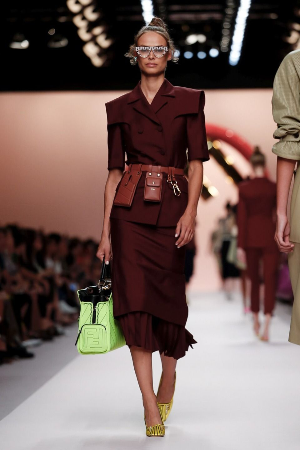 8c4a23a63 Fendi ss19 | Everything about style in 2019 | Fashion, Fendi, Spring ...