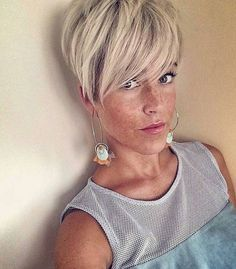 Idée coupe courte short hair cuts for women back view
