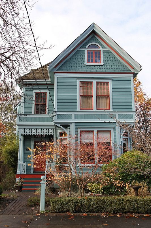 Victorian Houses Victorian Homes Victorian House Colors House Exterior