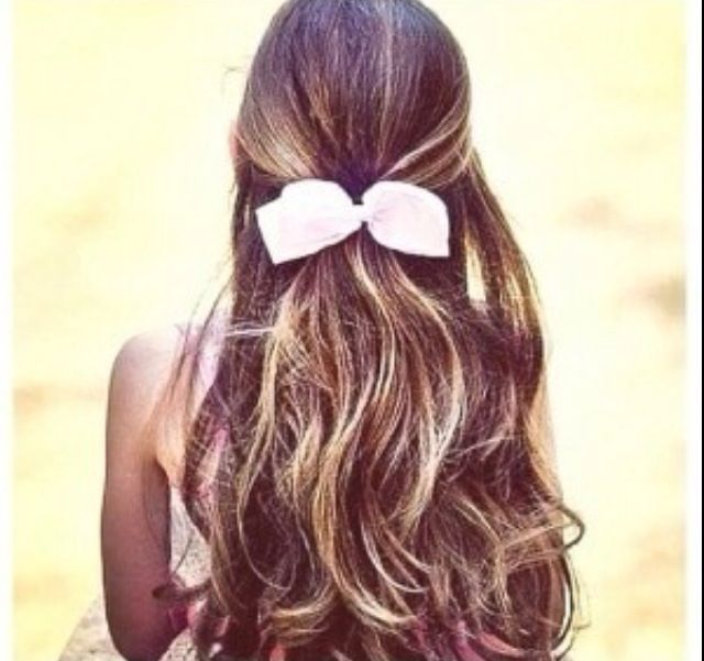 Pretty Highlights In Brown Hair With Bow Can This Please Just Be My